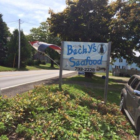 Lubec, ME: Becky's Seafood