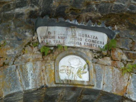 San Paolo Cervo, Italy: Targa ingresso galleria