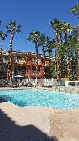 Holiday Inn Express Hotel and Suites Scottsdale - Old Town: netter Pool