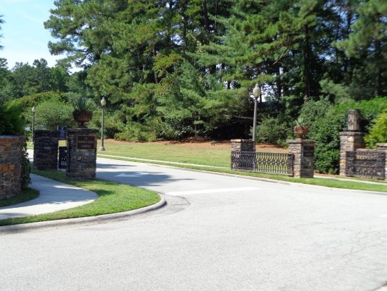 Sarah P. Duke Gardens: Main Entrance