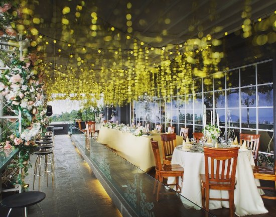 BELLEVUE 24 HOURS FRENCH AND ITALIAN BISTRO, Bandung - Restaurant Reviews, Photos & Phone Number - Tripadvisor