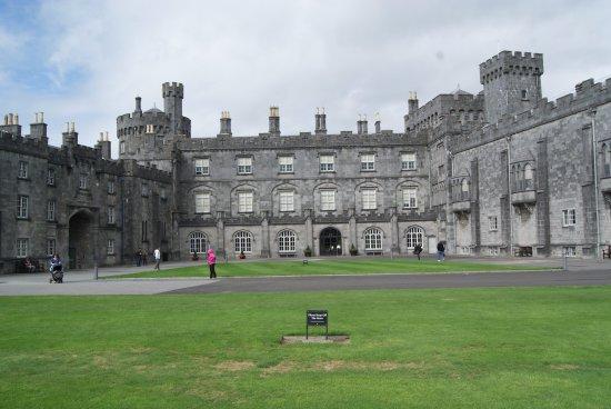 كيلكيني, أيرلندا: Vista exterior