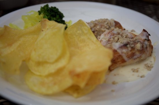La Posada Restaurant: Pollo Rollitos