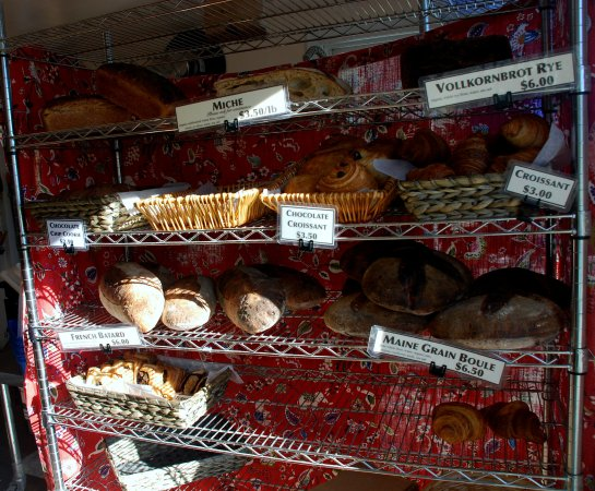 Brooksville, Μέιν: Bakery shelf