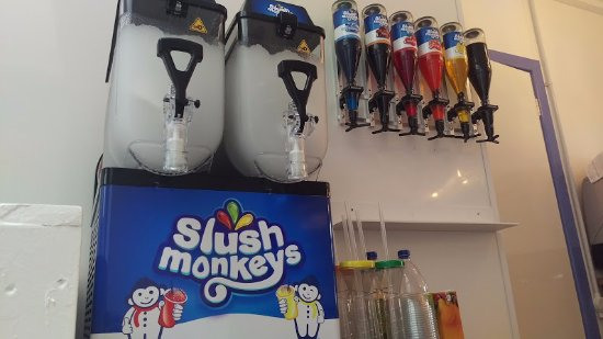 Castlewellan, UK: Slush monkeys & 9 FLAVOURS!