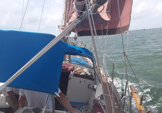 "Beaufort, NC: Under sail on the ""Good Fortune"""