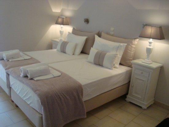 Anna Platanou Hotel & Suites: Super literie