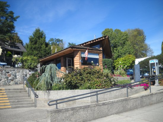 Gibsons Visitor Centre