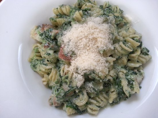 Spolek : radiatori witch cream, spinach and chicken meat