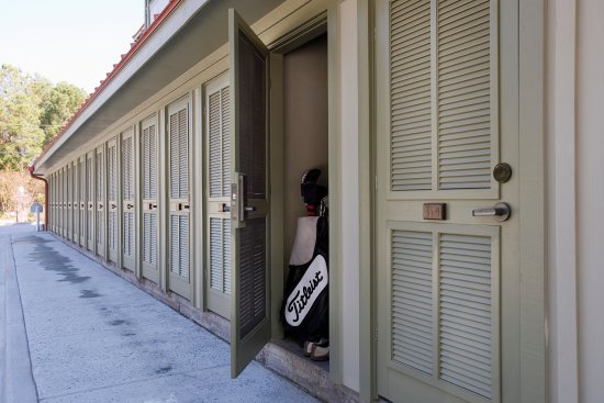 The Inlet Sports Lodge: Complimentary Storage for Beach & Sporting Equipment