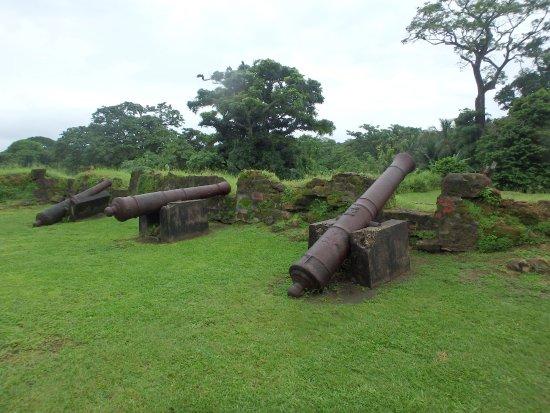 canons du fort san lorenzo