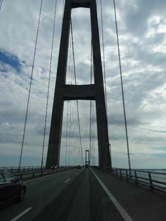 Korsoer, Danimarka: Storebæltsbroen