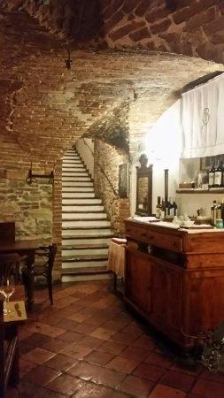 Brisighella, Itália: 20160923_214234_large.jpg