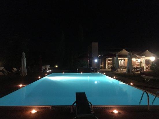 Capannoli, Italien: Piscina di notte