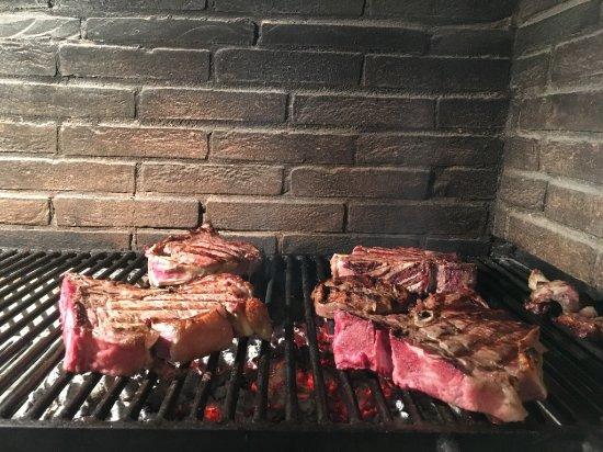 Capannoli, Italien: Bistecca sulla griglia