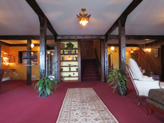 Bolton Valley, VT: Lobby