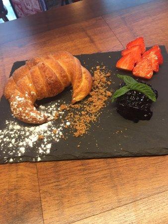 Llorts, أندورا: Esmorzar
