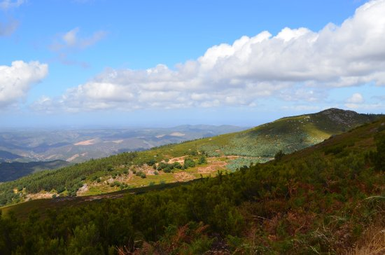 Monchique, Portugal: Looking N West