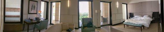 The Lodhi: Lodhi Premier Room, King Bed, 1350 sq. ft.