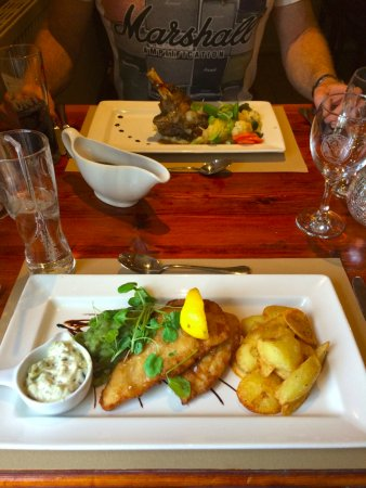 Magor, UK: Our meal