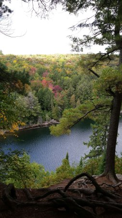 Natural beauty Picture of Hemlock Bluff Trail Algonquin