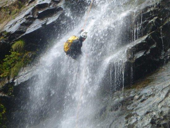 Zafferana Etnea, إيطاليا: Canyoning
