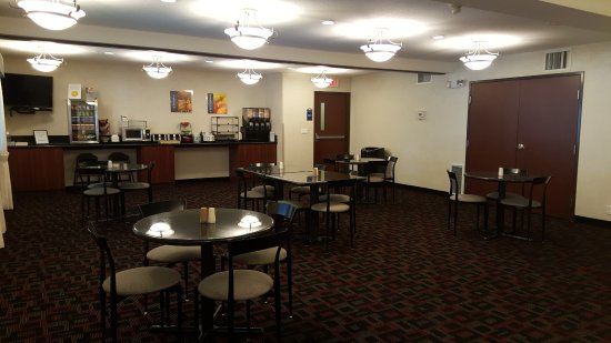 BEST WESTERN Sandy Inn: Breakfast Room