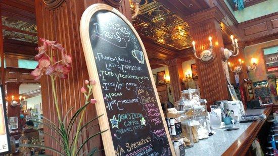 Coudersport, PA: Serving bar