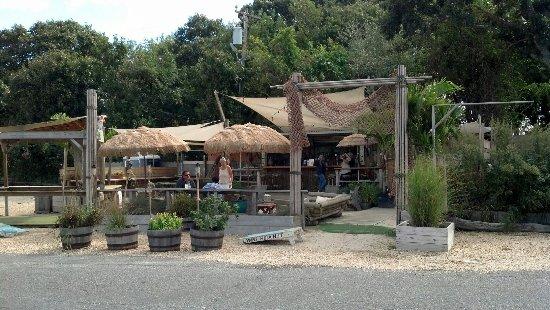 Lynns hula hut, montauk