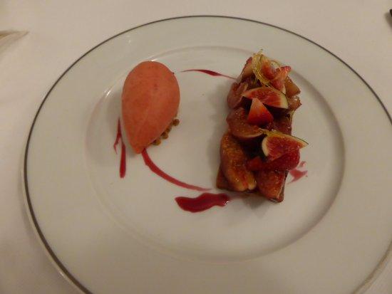 La Celle, France : Figues et fraises