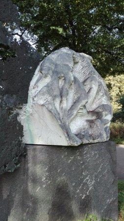"""Denkmal """"Fluchtgruppe Cap Arcona"""""""