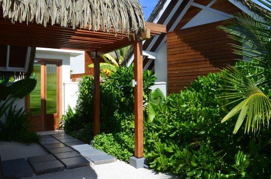 Den nordlige Ari-atollen: Lush, private garden