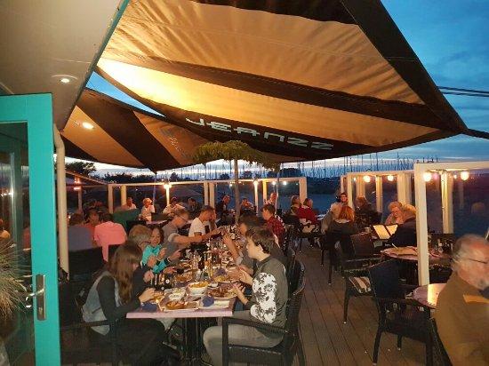 Brouwershaven, เนเธอร์แลนด์: Jeanzz Strandpaviljoen