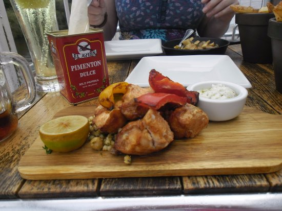 Upton upon Severn, UK: Chicken and pepper skewers