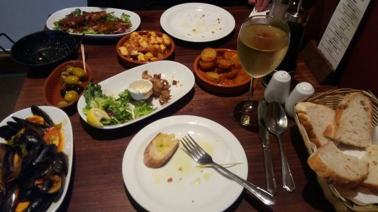 Dunfermline, UK: While having a fab dinner...