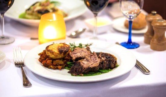 Hotel Quartier Latin: Préparations raffinées... Assiettes très bien servies... Délicieux!
