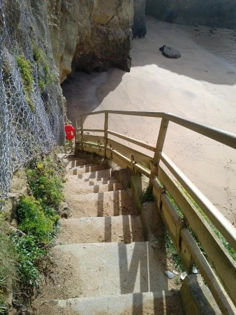Newquay, UK: The steps down