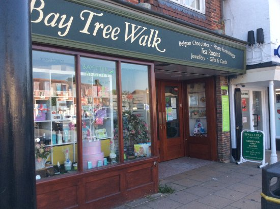 Wickham, UK: Baytree walk tea rooms at back of walk