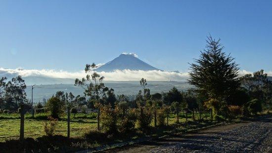 Machachi, Ecuador: Vanaf het hotel uitzicht op de Cotopaxi.
