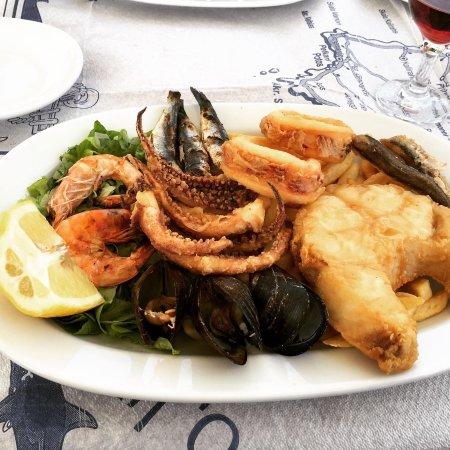 Molos Restaurant: photo0.jpg