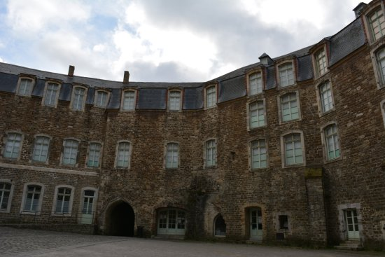 Boulogne-sur-Mer, ฝรั่งเศส: Chateau Musee