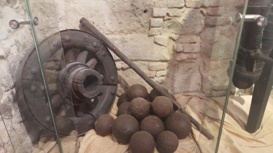 Ottoman Cannon Wheel Picture Of Castle Museum Esztergom Tripadvisor