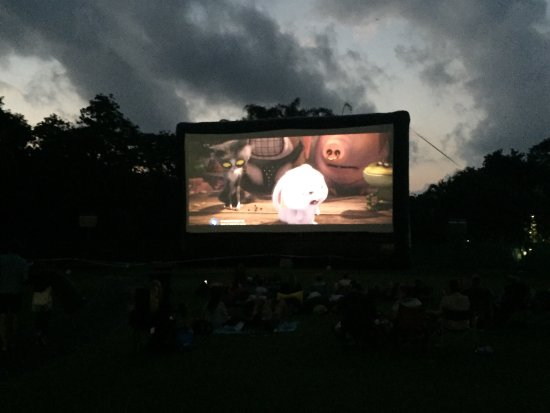 Moonlight Cinema Port Douglas: photo1.jpg