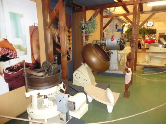 Caslano, Suisse : Hier erzählen alte Maschinen ihr Leben.