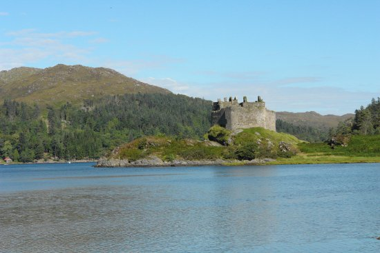 Lochaber, UK: Tioram castle