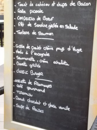 Abbeville, Fransa: Three course menu on offer