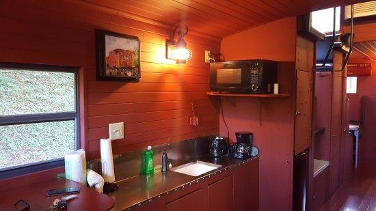 Huntington, Virgínia Ocidental: Caboose kitchen