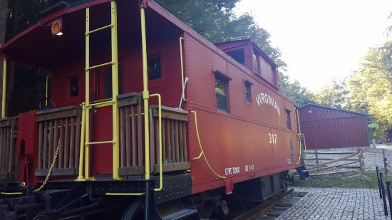 Huntington, Virginia Occidentale: Caboose outside