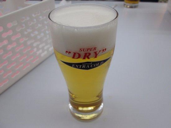 Moriya, Japonia: 試飲です。EXTRA COLDもありました。