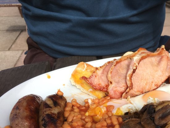 Teignmouth, UK: All day breakfast.
